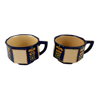 1940's Vintage Hb Quimper Tea Cups - a Pair For Sale