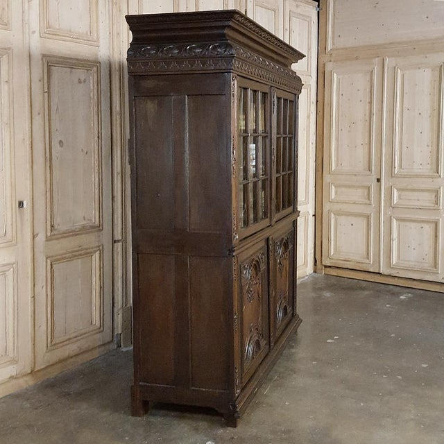 French 18th Century French Louis XIV Bookcase ~ Vitrine For Sale - Image 3 of 13