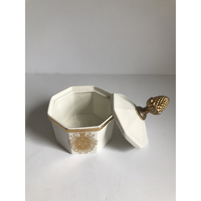 Vintage Bowl With Gold Acorn Finial Cover - Image 4 of 7