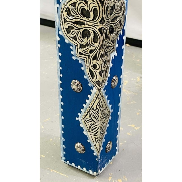 Blue Hollywood Regency Style Moroccan Brass Blue Rectangular Side or End Table, Pair For Sale - Image 8 of 13