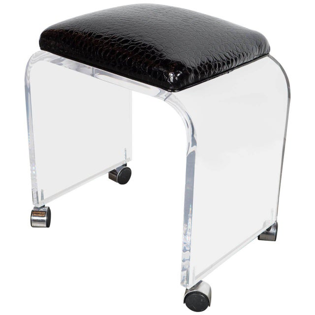 Mid-Century Modernist Waterfall Lucite Stool or Bench with Black Faux Crocodile For Sale In New York - Image 6 of 6