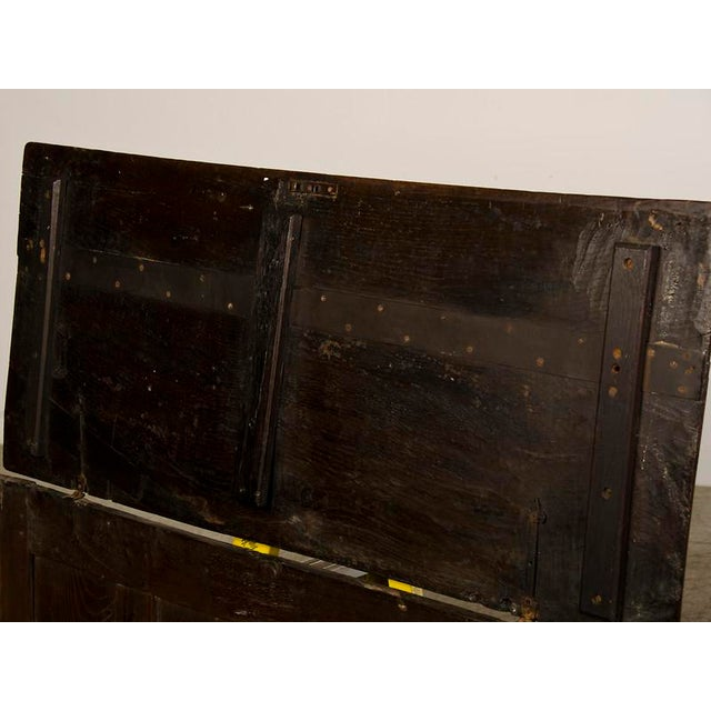 Antique English Jacobean Style Oak Trunk circa 1820 For Sale In Houston - Image 6 of 9