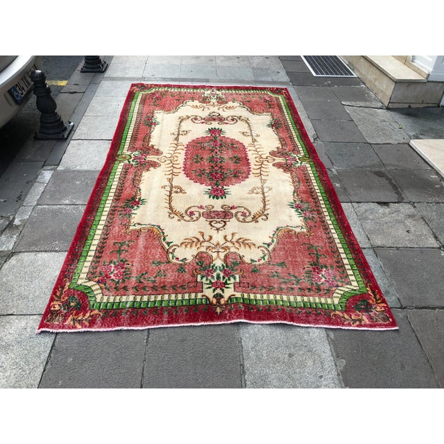 1960s Vintage Turkish Rug - 5′4″ × 9′2″ For Sale - Image 10 of 10