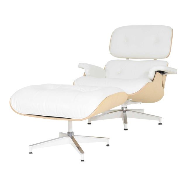 Charles & Ray Eames for Herman Miller Lounge Chair and Ottoman For Sale