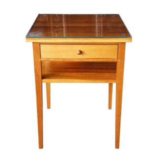 1990s Early American Harden Furniture Cherry Side Table For Sale