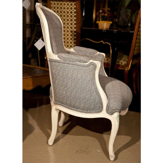 French Duchesse Brisee Bergere Chairs - Set of 3 For Sale In New York - Image 6 of 7