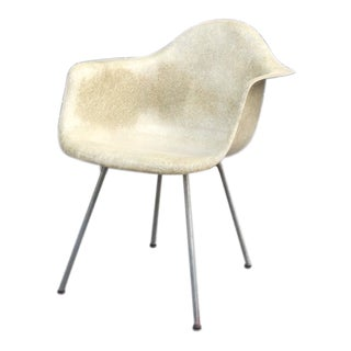 1950s Vintage Herman Miller for Zenith Plastics Eames Rope Edge Armshell Chair For Sale