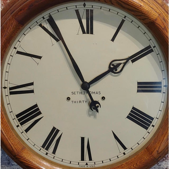 """1900s Seth Thomas 30 Days 24"""" Oak Gallery Clock For Sale - Image 4 of 10"""