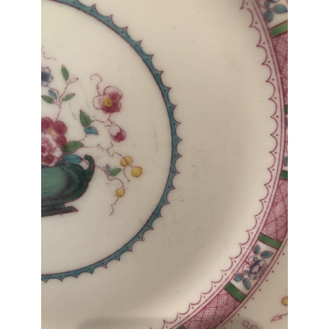 """Pink English Royal Doulton """"Urn"""" Pattern Dinner Set - 80 Pieces For Sale - Image 8 of 13"""