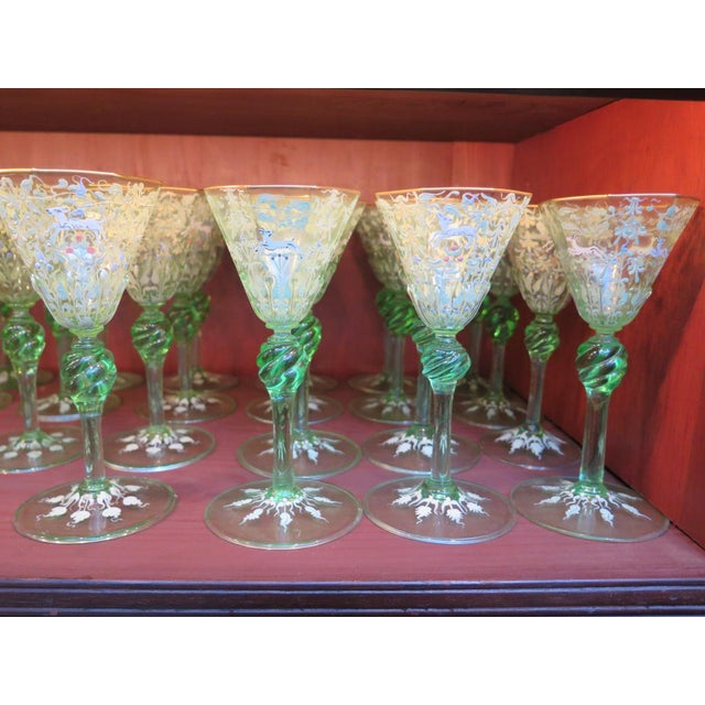 "Gold Ferro Toso Barovier ""Regina Margherita"" Venetian Stemware, circa 1937 For Sale - Image 8 of 11"