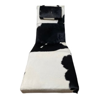 """Mid-Century Modern Milo Baughman for Thayer Coggin Black and White Cowhide with Polished Stainless Steel Legs """"Fred"""" Chaise For Sale"""