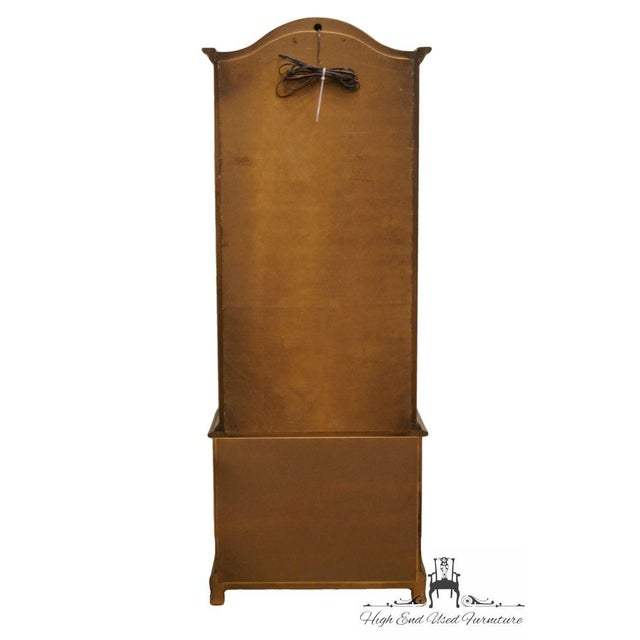 """Hammary Country French 26"""" Bonnet Top Display Curio Cabinet For Sale - Image 11 of 12"""