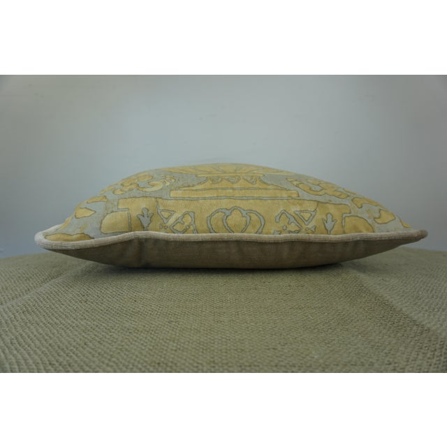 Mid-Century Modern Single Fortuny Accent Pillow W/ Urn For Sale - Image 3 of 6