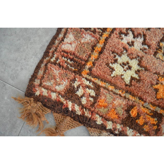 "Turkish Tribal Rug. Faded Colors Petite Kilim Rug - 3'6"" X 4'11"" For Sale - Image 12 of 12"