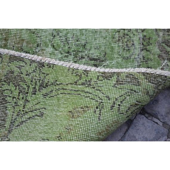 Vintage Handwoven Turkish Green Oushak Carpet - 5′4″ × 9′2″ - Image 6 of 6