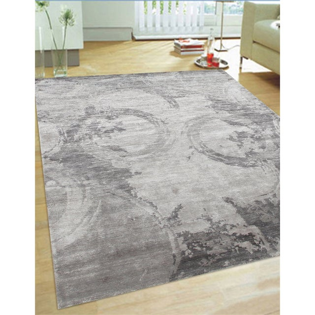 "Contemporary Modern Gray Bamboo Silk Area Rug - 5'6"" X 8'6"" For Sale - Image 3 of 3"