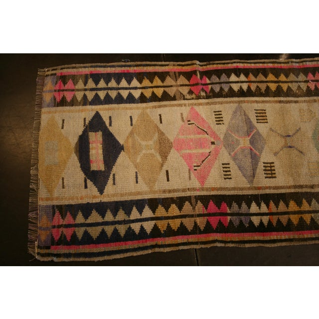 Transitional Antique Oushak Design Rug For Sale - Image 3 of 6