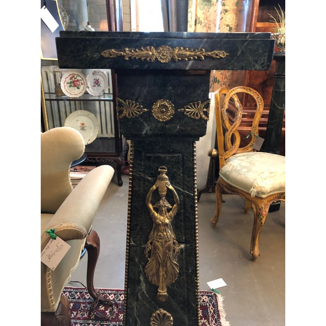 French 19th Century French Green Marble and Bronze Ormolu Applique Pedestal For Sale - Image 3 of 12