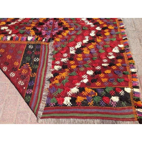 "Vintage Turkish Kilim Rug - 4'7"" x 5'11"" For Sale In Raleigh - Image 6 of 6"