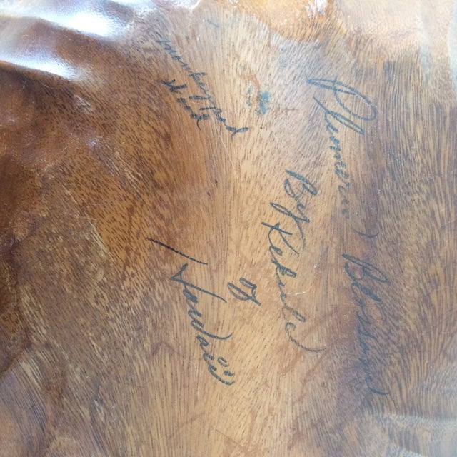 1990s Hawaiian Artist Carved Wooden Plumeria Blossom Bowl For Sale - Image 5 of 8