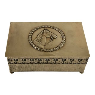 Early 20th Century Equestrian Themed Brass Box With Horse and Clover Edwardian Cigar Humidir For Sale