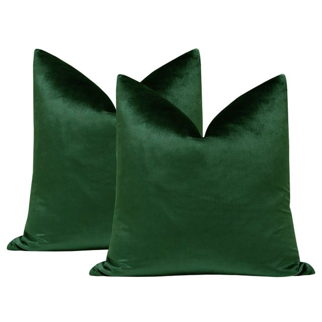 "2010s 22"" Italian Silk Velvet Pillows in Emerald - a Pair For Sale - Image 5 of 5"
