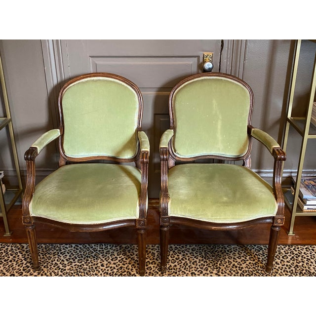 18th Century Arched Back French Fauteuils - a Pair For Sale In New Orleans - Image 6 of 6
