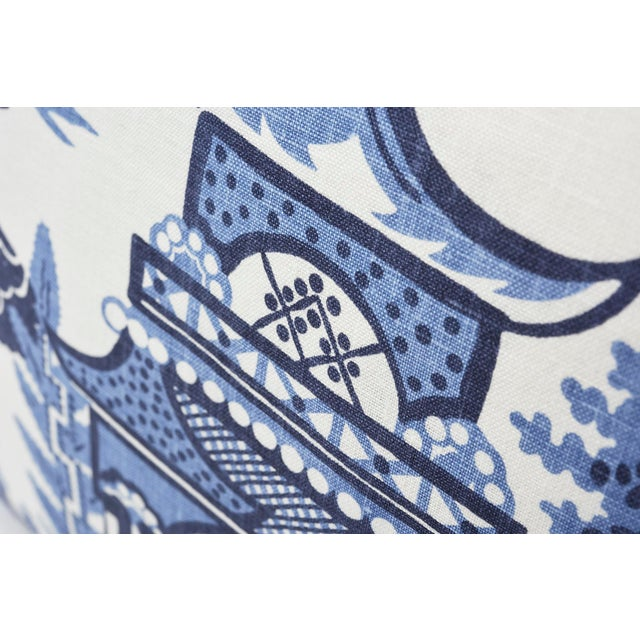 Schumacher Schumacher Double-Sided Pillow in Nanjing Print For Sale - Image 4 of 8
