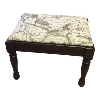 1900s Vintage Federal Bird Motif Stool For Sale
