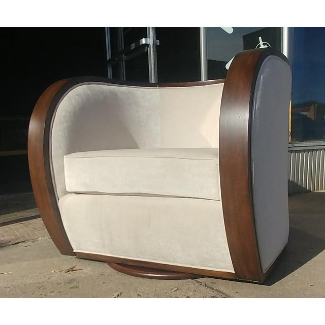 Thomasville Furniture Ernest Hemingway Partaga Swivel Accent Chair For Sale - Image 9 of 9