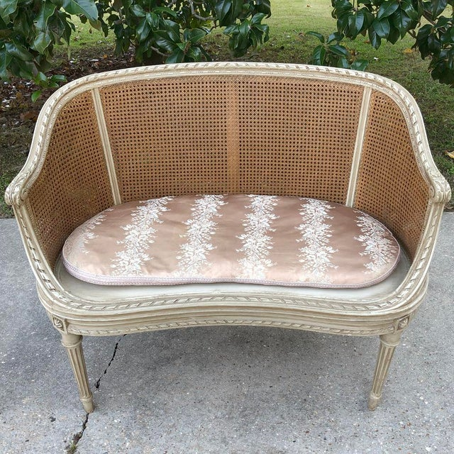 White 19th Century French Louis XVI Painted Canape For Sale - Image 8 of 12