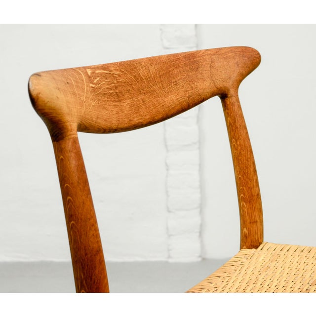 Wood Mid-Century Oakwood and Woven Cane Side Chair W2 by Hans J. Wegner for c.m. Madsen, 1953 For Sale - Image 7 of 11
