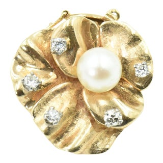 Pearl & Diamond Gold Flower Brooch Clasp For Sale