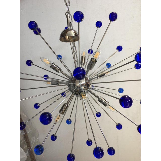 Early 21st Century Dark Blue Murano Glass Chandelier in Sputnik Style With a Chrome Frame For Sale - Image 5 of 6