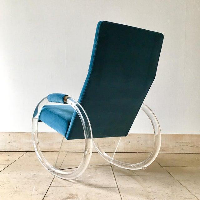 Charles Hollis Jones Charles Hollis Jones Designed Lucite Rocking Chair 1970s For Sale - Image 4 of 8