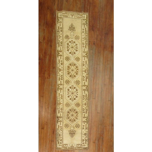 Textile Creamy Yellow Vintage Turkish Runner, 2'5'' X 9'7'' For Sale - Image 7 of 7