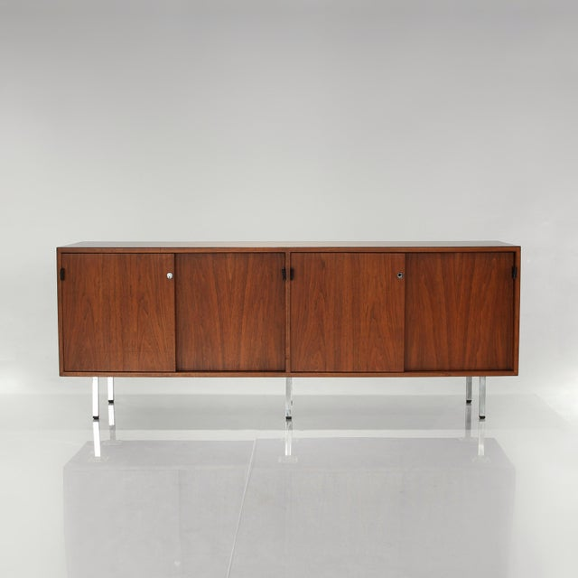 Presenting this vintage Mid Century Modern Florence Knoll Credenza by Knoll International. Elevated by beautiful chromed...