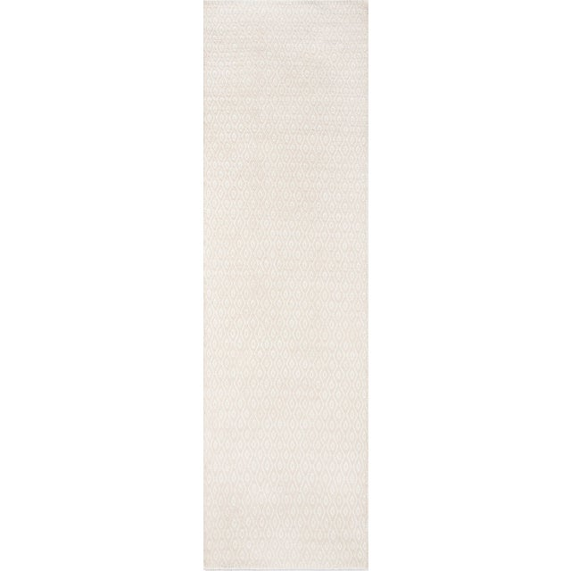 "Erin Gates Newton Davis Beige Hand Woven Recycled Plastic Runner 2'3"" X 8' For Sale"