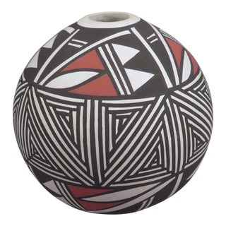 Vintage Acoma Pueblo Pottery Seed Pot For Sale