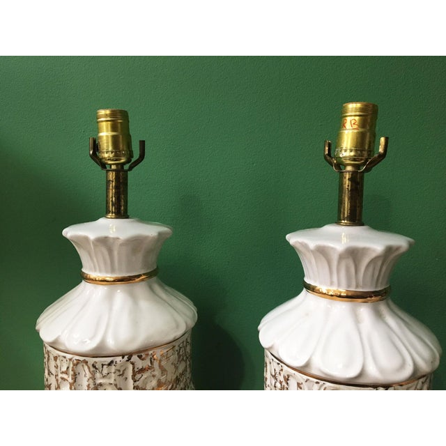 Vintage 1950s White and Gold Table Lamps - a Pair For Sale - Image 4 of 10