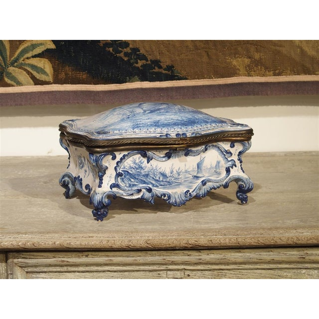 White Antique Blue and White Delft Table Box, Late 19th Century For Sale - Image 8 of 13