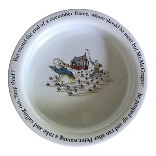 English Traditional Wedgwood Peter Rabbit/Beatrix Potter China Baby Bowl For Sale