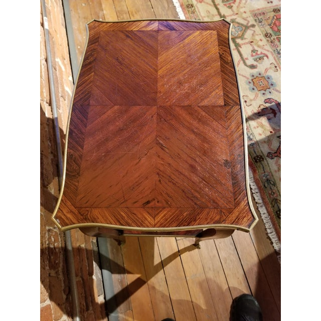 Chestnut Early 20th Century Jacques Bodart Inc. Satinwood Occasional Table From Waldorf Astoria For Sale - Image 8 of 12