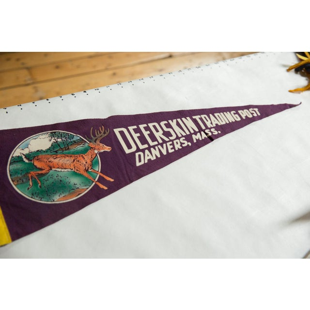 :: Vintage circa 1960's Deerskin Trading Post Danvers, Mass. felt flag souvenir banner pennant with Deer.