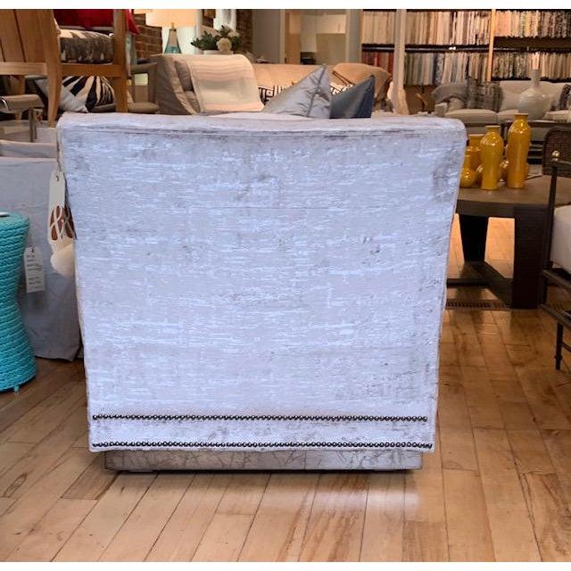 Vanguard Furniture Modern Millington Vanguard Furniture Chaise For Sale - Image 4 of 7