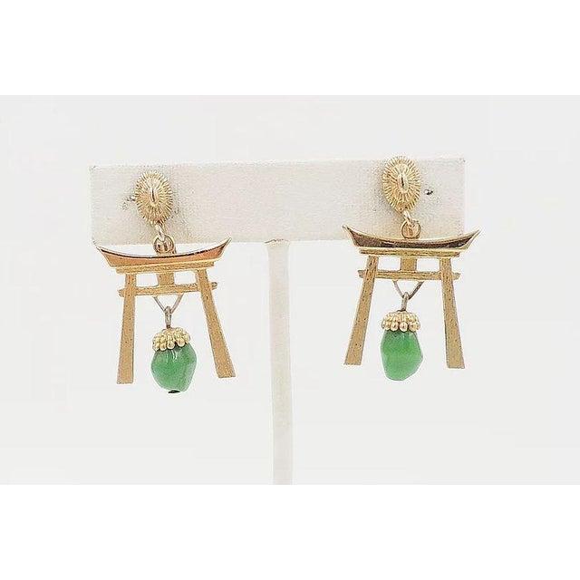 Mid-Century Modern 1960s Napier Pagoda Faux-Jade Rhinestone Drop Earrings For Sale - Image 3 of 9