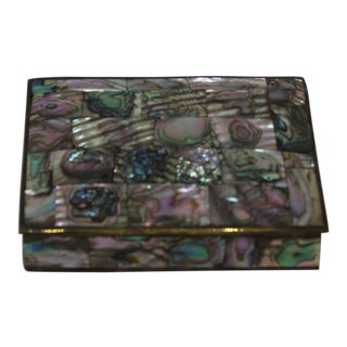 Vintage 1950s Medium Tessellated Abalone Box - 3.5 X 4.5 For Sale