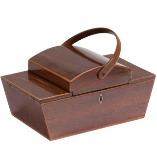 1820s English Decorative Mahogany Dome Top Box and Handle For Sale