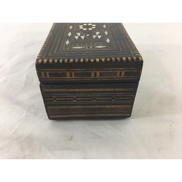Early 20th Century Moroccan Wood and Mother of Pearl Inlay Box For Sale - Image 5 of 8