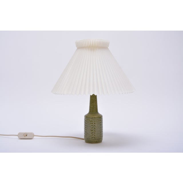 Small Green Danish Ceramic Table Lamp From Palshus, 1960s For Sale - Image 9 of 9